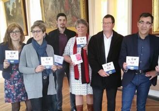 La CCI 22 fait sa tournée à Dinan : tous les acteur engagés dans la démarche ont présenté ce nouveau dispositif mardi 27 mars à l'hôtel de ville de Dinan.