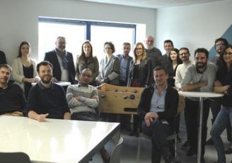 Toute l'équipe d'Optavis réunie dans ses nouveaux locaux à Cesson-Sévigné
