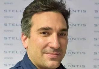 Étienne Martin-Commandeur, 39 ans, nouveau directeur du site automobile de PSA Stellantis à Rennes-La Jannais, à partir du 15 avril 2021.