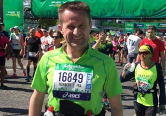 Norbert Friant, marathonien technophile, ambassadeur de Tech4Race, start-up rennaise d'être retenue parmi 50 start-ups du sport les plus innovantes dans le monde selon la Hype Foundation, pour l'année 2017