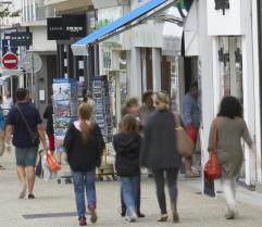 Aujourd'hui, en France, 80% des achats non alimentaires démarrent par Internet. On va d'abord faire son shopping sur la boutique virtuelle avant de mettre les pieds dans le magasin physique.