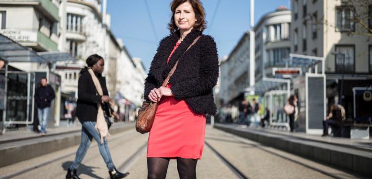 Annabel Martin, de Carrière Nomades, lance un nouveau service d'aide à  la recherche d'emploi pour les conjoints