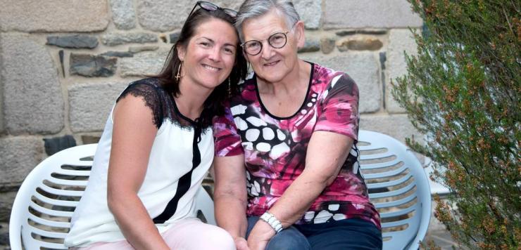 Anne-Claire Josse et sa maman, Juliette, s'occupent avec passion des gîtes de Beauregard