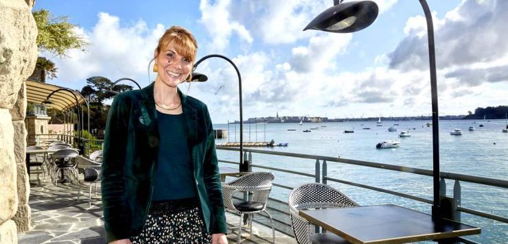 Sophie Bannier, Directrice de l'hôtel Castelbrac à Dinard, assure : Et la Bretagne a le vent en poupe, nous allons cartonner cet été !»