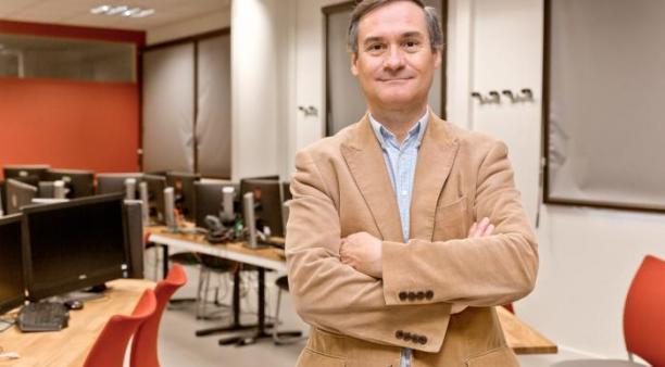 Charles Préaux, directeur de la formation d'ingénieur en Cyberdéfense à Vannes