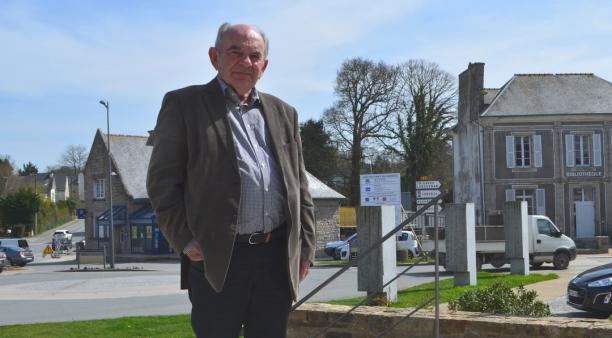 Jean-Paul Le Roy , maire de la commune de Pleslin Trigavou dans les Côtes d'Armor depuis 1997